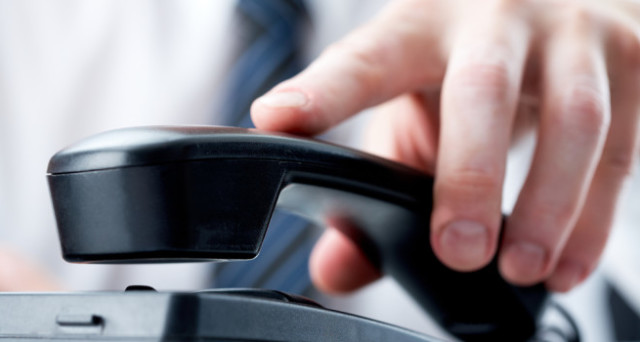 Truffe telefoniche: trucchi e consigli per evitare di ritrovarsi abbonamenti non richiesti