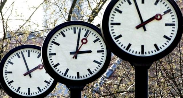 Ecco la data in cui ci sarà il cambio di ora da solare a legale nonché le ultime info della Terna sul risparmio energetico che si è avuto grazie a tale cambio.