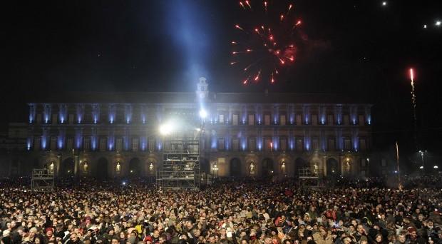 Chi si esibirà gratis per il concerto di Capodanno 2017 a Napoli, Pescara, Prato, Torino e Milano? Ecco le info e quelle aggiornate su Roma al Circo Massimo.