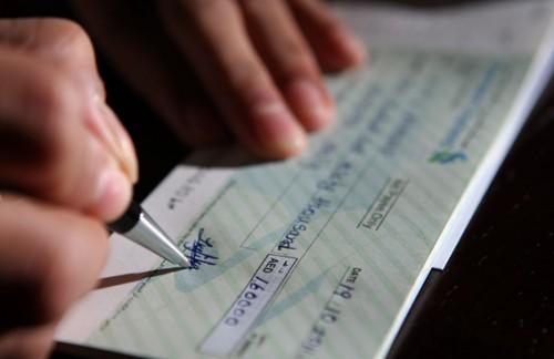 """Quanto denaro si può trasferire con assegno """"non trasferibile""""? Ecco cosa dice la legge"""