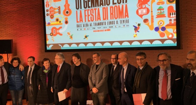 Ecco il programma gli eventi gratis e gli ospiti come Ascanio Celestini che si avvicenderanno sui Ponti e Lungo il Tevere per La festa di Roma del 1 gennaio 2017.