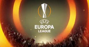 Sky domina su Mediaset Premium 2018-2019 e regala anche 1 Tv color Philips ai nuovi abbonati. Mai i diritti tv per il calcio sono più vicini a Sky o a Mediaset?
