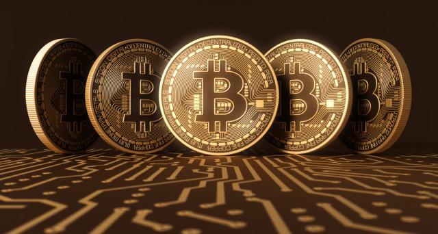 Il bitcoin è una valuta elettronica nata nel 2009 grazie a Satoshi Nakamoto. Sia la creazione che lo scambio di tale moneta avvengono mediante il protocollo peer-to-peer e con essa è possibile acquistare anche beni concreti (molti in fatti la accettano come denaro) ma anche venderla in cambio di denaro.
