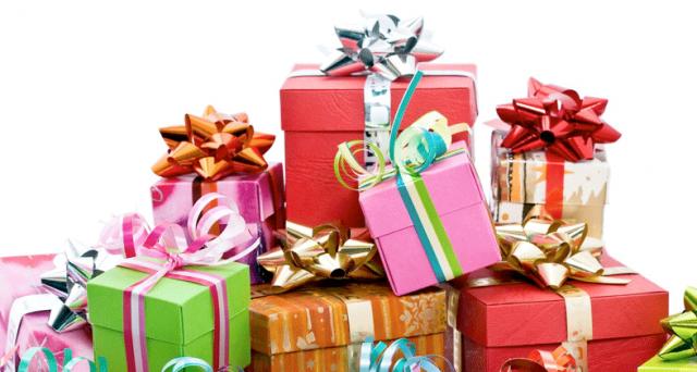 Regali Di Natale Per Lei.Regali Di Natale 2017 Ecco Alcune Idee Per Lui E Lei Per