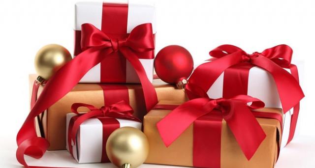 Regali Di Natale Immagini.Per I Tuoi Regali Di Natale 2018 Passa A Tre Italia E Coop