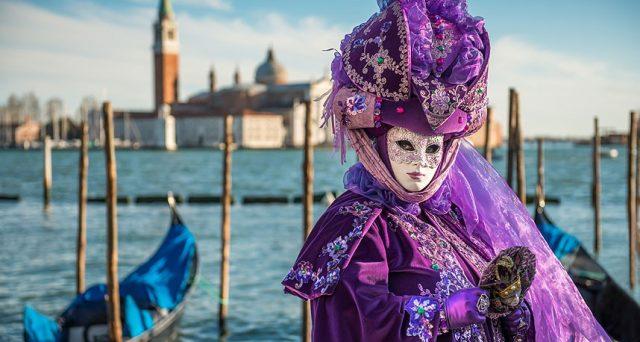 Ecco la data della festa delle Marie e del Volo dell'Angelo nonché le super offerte city pass per il Carnevale di Venezia e quelle di Booking.com sugli hotel ed appartamenti.