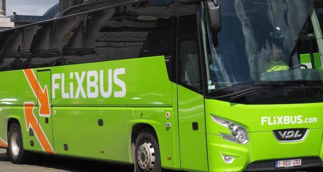 La rivoluzione parte dalla Germania: dopo FlixBus arriva FlixTrain per viaggi low cost a prezzi bassissimi in treno.