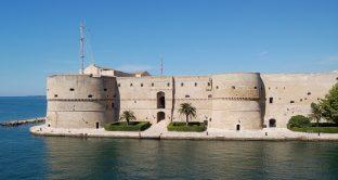Ecco tutte le informazioni utili sui cantanti in scaletta, i bus da prendere e le offerte hotel low cost in vista del concerto del 1° maggio 2018 Taranto.