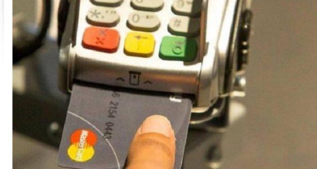 L'Antitrust tuona: finita l'era dei costi extra sui pagamenti con carta di credito, di debito ed altri strumenti.