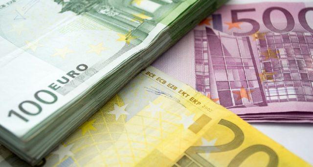 Agos Ducato, American Express, Banca Fidearum, Banca Sella, Postepay e BancoPosta: ecco i numeri da chiamare per bloccare la propria carta.