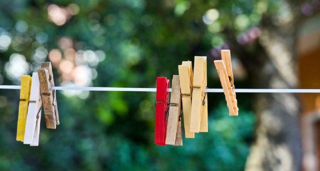 Ecco degli utili suggerimenti per risparmiare sul bucato e sull'utilizzo della lavatrice.