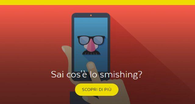 Attenzione alla nuova truffa phishing ai danni di Poste Italiane: essa parte da un sms fake che chiede ai clienti di aggiornare i propri dati a seguito della direttiva Psd2.