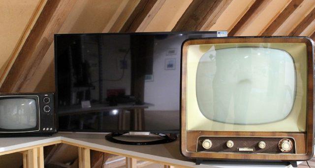 Il mercato dei televisori è davvero inarrestabile: ecco come risparmiare.