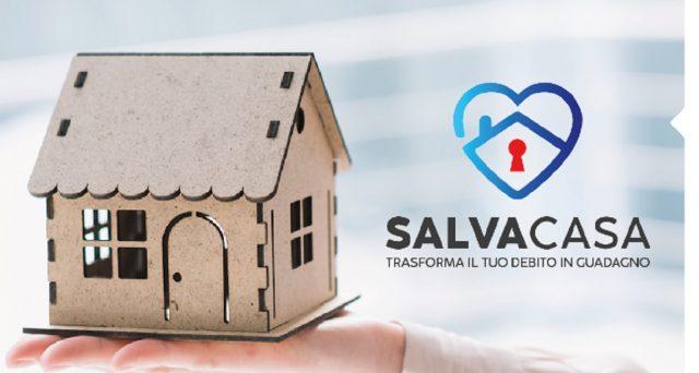 SalvaCasa è una società di benefit che salva la casa dall'asta acquistandola prima che venga svenduta forzatamente.