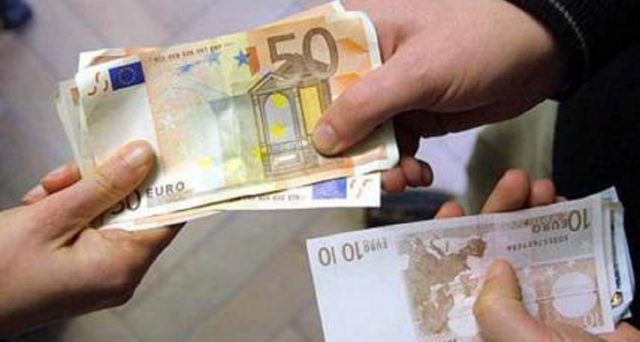 Adiconsum è riuscita a ridurre il debito di una pensionata vedova da 45 mila a 21 mila euro grazie al Fondo prevenzione usura del Mef: ecco cos'è e le info in merito.