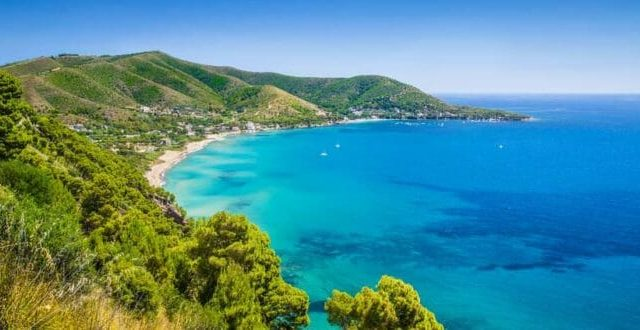 Vacanze low cost primavera-estate 2021: Grecia, Sardegna e California