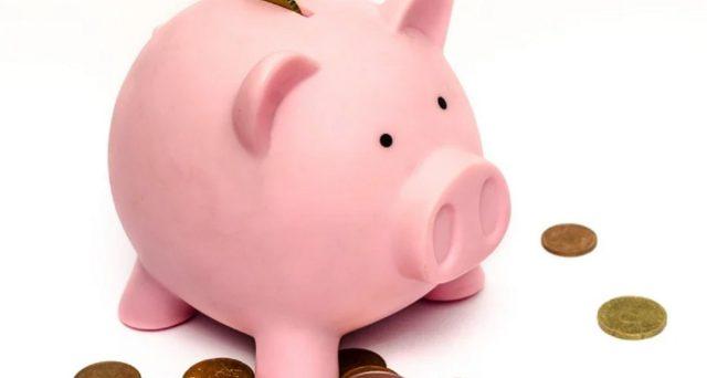 Siamo a ottobre ed è il momento giusto per dare inizio a un inverno all'insegna del risparmio: ecco nove consigli utili.