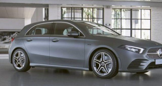 Mercedes-Benz ha lanciato una nuova offerta sulla classe A 250 e sulla EQ Power Premium Plus a partire da 330 euro al mese. Le info.