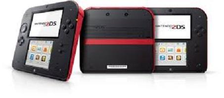 Dopo l'uscita della Wii U circa un anno fa, ecco che Nintendo ci riprova con una console portatile molto interessante: Nintendo 2DS si presenta con un design di qualità e offre la possibilità di giocare ai titoli 3DS in 2D. Successo o flop?