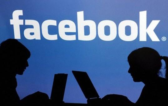 Facebook non ci sta e replica a Princeton smontando lo studio che ha profetizzato il declino del social network di Mark Zuckerberg entro il 2020. Vediamo come hanno risposto da Menlo Park (ci sarà da ridere).