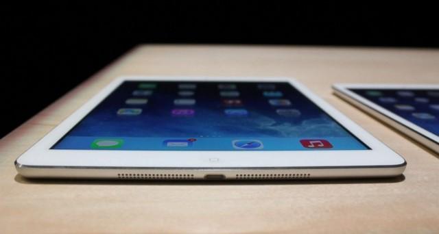L'iPad di nuova generazione cambia nome: iPad Air è stato presentato ieri da Apple e si presenta come un prodotto davvero molto interessanti, uno dei tablet full-size più sottili e leggeri mai realizzati. Scopriamo insieme com'è fatto e quanto costa iPad Air.