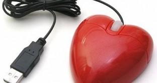 San Valentino si avvicina e forse non avete ancora pensato al regalo giusto: ecco una piccola guida che vi darà 10 proposte tech (e non solo) per lui e per lei.