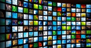 L'operazione anti-pirateria contro i siti contenenti film in streaming ha fatto flop e a oggi i domini sequestrati sono già regolarmente online. Scopriamo cos'è successo.