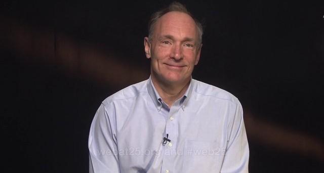 Internet ha compiuto la bellezza si 25 anni e come ogni compleanno giunge il tempo delle domande e delle risposte. Alcune le ha riportate Tim Berners-Lee, l'inventore del World Wide Web, che tra le varie discussioni ha anche confessato che per come viene utilizzato internet c'è una cosa che proprio non si sarebbe mai aspettato.