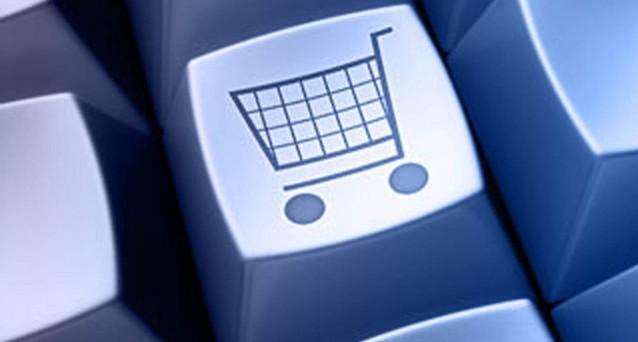 Dal 13 giugno cambiano ufficialmente le regole in merito agli acquisti online e ai contratti a distanza a causa della nuova direttiva europea approvato lo scorso marzo. Vediamo cosa e come cambierà il mondo dell'e-commerce.