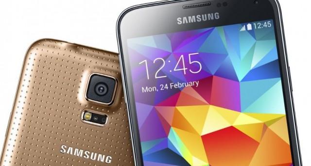 Il prezzo ufficiale di Galaxy S5 è ancora quello, 699 euro, ma già oggi è possibile trovare prezzi più bassi nei migliori negozi online. Andiamo a vedere quanto costa oggi Galaxy S5.