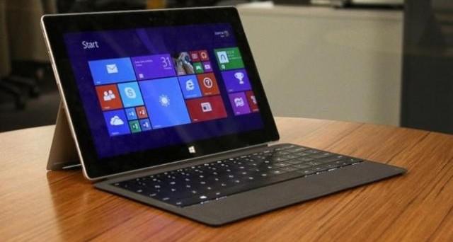 Microsoft Surface Pro 3 è ufficiale in Italia: andiamo a scoprire la scheda tecnica, i vari tagli di prezzo disponibili e quando esce nel nostro Paese.