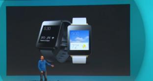 Android Wear è la chiave con cui Google entra prepotentemente nel mercato delle indossabili e degli smartwatch. G Watch di LG e Moto 360 di Motorola saranno equipaggiati proprio con Android Wear, ma anche altre aziende hanno aderito al programmo. 2 video ci dimostrano come funziona e cosa si può fare.