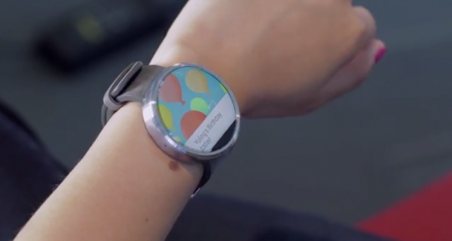 Moto 360 è stato considerato uno tra i più interessanti protagonisti del Google I/O 2014: c'è molta curiosità e attesa attorno a questo smartwatch, vediamo perché.