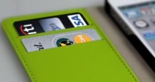 L'iPhone 6 potrebbe funzionare come carta di credito grazie all'introduzione di un nuovo sistema di pagamento elettronico sicuro e certificato e a seguito di un accordo di collaborazione tra Apple e Visa.