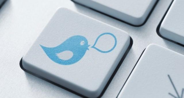 Un nuovo aggiornamento di Twitter permetterà agli utenti un più facile controllo e gestione dei messaggi diretti: Twitter Chat vuole sfidare WhatsApp in 140 caratteri, ma serve davvero?