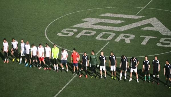 Una partita di calcio reale montata come fosse una partita giocata a FIFA: il video è già virale e impazzano le condivisioni. EA Sports può essere contenta, in attesa di FIFA 15.