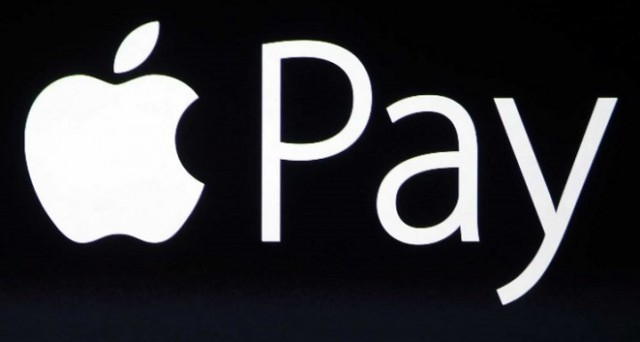 Apple Pay arriva in Italia: come funziona, i dispositivi abilitati, i problemi con le banche, la sicurezza e i concorrenti