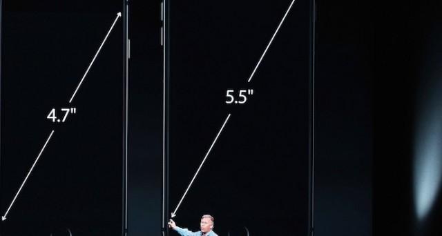 Sono in tanti ad aspettare il primo giorno di vendita dell'iPhone 6 in Italia per acquistarlo e averlo finalmente in mano. Ecco quando iPhone 6 uscirà, quando sarà possibile preordinarlo e soprattutto quanto costerà in Italia.