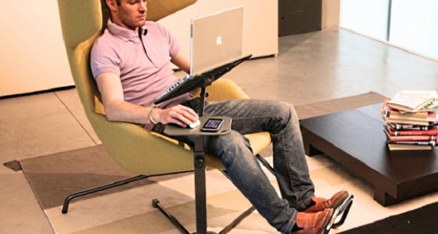 Si chiama Lounge-book ed è uno strumento made in Italy che, unendo il design alle nuove tecnologie, consente agli utilizzatori finale di usare notebook, tablet ed eReader in maniera comoda e pratica. Scopriamolo più da vicino.
