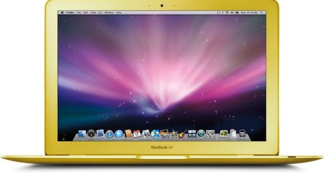I nuovi MacBook Air da 12 pollici con display Retina dovrebbero uscire nella prima metà del 2015 con 3 colorazioni particolari, che abbiamo già visto sull'iPhone 5S. Ecco le ultime novità a riguardo.