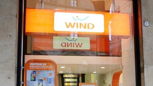 Anche Wind ha pubblicato le proprie tariffe per piani di abbonamento e offerte ricaricabili relative a iPhone 6 e iPhone 6 Plus. Ecco l'offerta nel dettaglio.