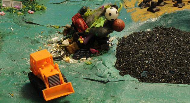 Tra mondi di plastilina, eroi barbuti, creature sferiche disperse tra la flora, parassiti che minacciano gli alberi e case infestate, ci sarà da divertirsi questo mese: ecco a voi i migliori 5 giochi per iPhone e iPad di novembre 2014.