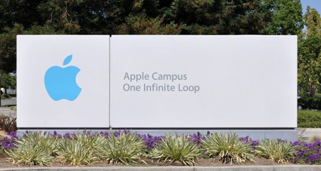 Secondo una fonte, Apple sarebbe in procinto di annunciare un evento: se all'inizio si parlava di 24 febbraio, oggi i rumors indicano marzo come mese della presentazione di Apple Watch e dei nuovi MacBook.
