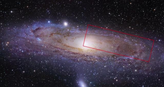 Il Telescopio Spaziale Hubble ci ha regalato l'immagine più grande mai fatta della galassia Andromeda: uno zoom ne ha catturato una parte e l'ha esplorata, regalandoci un video straordinario.