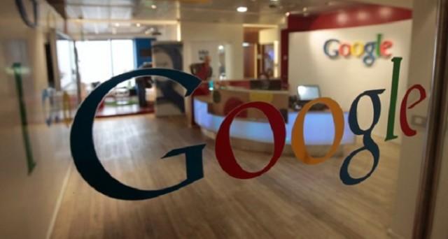 Google vuole sconfiggere il cancro e intende farlo con uno smartband in grado di modificare e distruggere le cellule cancerogene. Il dispositivo potrebbe essere pronto già dal 2020.