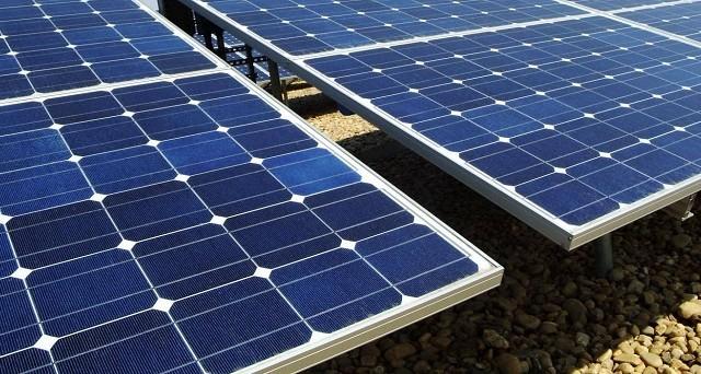 Droni che volano su impianti fotovoltaici, monitorano e individuano eventuali problemi per aprire a soluzioni immediate: il drone PPL612F di Nimbus può fare questo e molto altro.