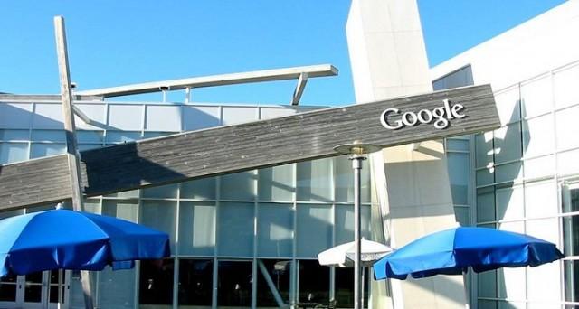 Google starebbe pensando a un nuovo servizio mirato a mettere in contatto utenti e professionisti locali nell'eventualità che si ricerchino persone qualificate per fare lavori domestici e di manutenzione ordinaria.