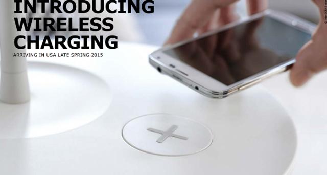 Mobili integrati con ricarica wireless sono apparsi nel catalogo speciale IKEA riservato agli Stati Uniti: arrivo previsto entro giugno 2015.