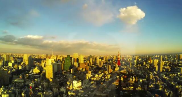 Un bellissimo tramonto su Tokyo in time-lapse: godetevi questo video, è uno spettacolo meraviglioso.