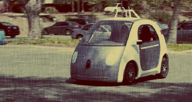 Google testerà le sue Google Car quest'estate sulle strade di Mountain View: un altro passo importante per le auto a guida autonoma.